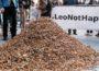 FOTO|Milioane de mucuri de țigări distrug planeta. Voluntarii din Bruxelles au adunat aproximativ 300.000 de filtre în doar trei ore